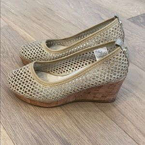 Stuart Weitzman gold wedge heels size 2
